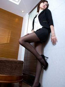 白领制服美女Abby西服黑丝高跟知性美