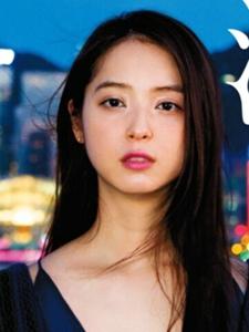 佐佐木希畅游香港拍摄杂志写真