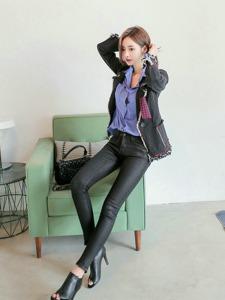 衬衫美女皮裤长腿高挑成熟妩媚