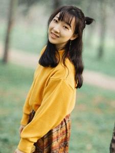 秋季靓丽少女活泼俏皮甜美写真