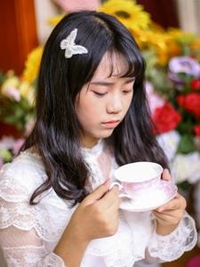 娇嫩妹子私房慵懒悠闲下午茶时光