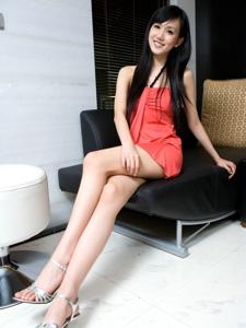 性感靓丽腿模包臀裙丝袜美腿诱惑写真