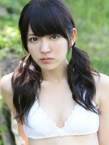 清新日本美女铃木爱理穿着清凉制服的户外写真