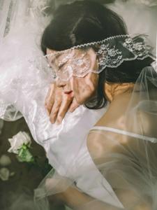 私房白纱蕾丝遮面气质如花般美丽动人