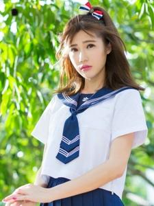 清新少女阳光户外制服甜美粉嫩写真