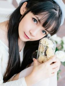 极品萝莉刘丽娜甜美可人自拍照