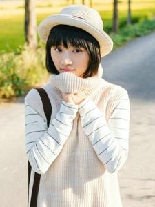 秋季稻田白色圆帽清纯妹子阳光清新写真