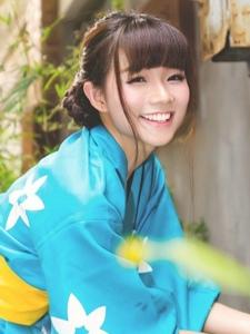 日系和服清纯甜美少女街拍艺术写真