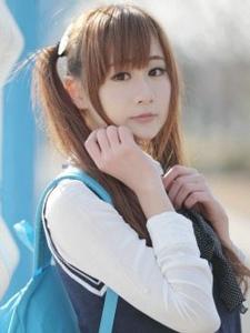 清纯可爱日本少女阳光校服温馨写真