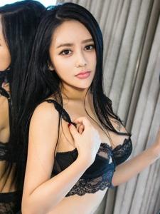 美女尤物黛熙儿情趣内衣火辣写真