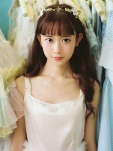 清新白色连衣裙少女迷人薄纱甜美鞋子