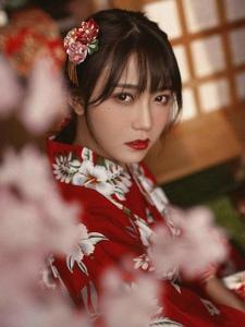 日本红唇红色和服美女粉嫩浴衣唯美动人
