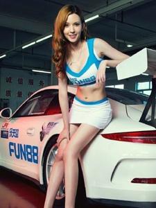 中国版性感车模大胸瓜子脸粉嫩诱人写真