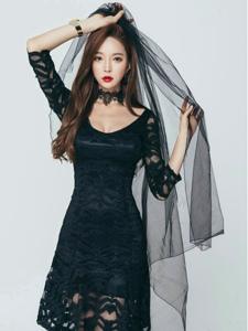 黑纱美女模特黑色蕾丝裙端庄优雅