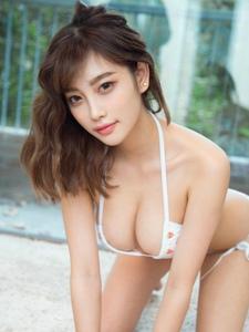 性感美女杨晨晨内衣性感写真美臀诱人