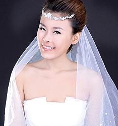 2011早春新娘造型  作者:子洋彩妆造型