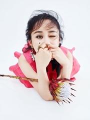 杨紫最新杂志大片惊艳上线
