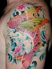 50款漂亮帅气的锦鲤纹身图案