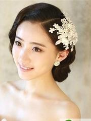 2017韩式新娘盘发 气质绝美新娘发型