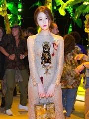 张慧雯亮相米兰时装周