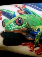 多款超逼真的现实主义风格彩色青蛙纹身图案