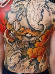 男性超霸气的大面积纹身图案