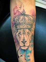 手小臂上帅气的各种狮子纹身图案