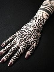多款精致漂亮的装饰风格手前臂花朵纹身图案来自查理