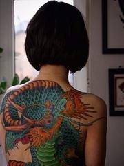 超霸气的大面积动物纹身龙和蛇和鱼纹身图案