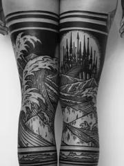 重口味双腿部黑灰粗线条风景纹身刺青
