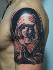 男士手臂圣母玛利亚图案纹身