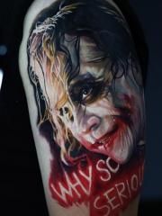 手臂写实派小丑肖像彩绘纹身团