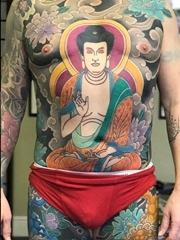 霸气的彩色大面积满背传统日式纹身花臂纹身图案