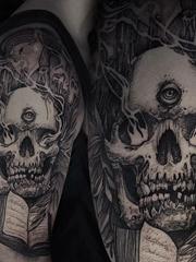 黑色点刺纹身极具说明性的恐怖纹身图案大全
