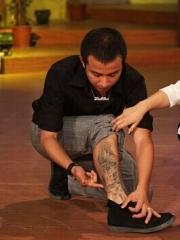 文章腿部时尚的图腾刺青纹身图案
