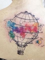 精致的水彩纹身图案来自于纹身师戴尔