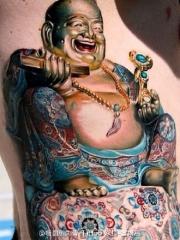 腰部彩绘的弥勒佛纹身图案