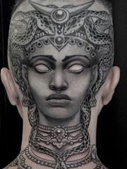 10款引人关注的头部纹身图案