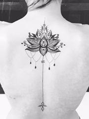 16漂亮的黑色点刺纹身线条几何纹身图案