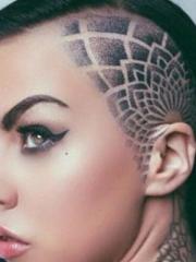 那些另类的头部纹身