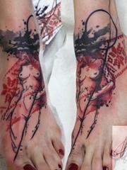 女性精致彩绘纹身几何纹身和小清新植物纹身图案