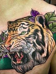 彩色的凶猛的老虎头纹身动物图案纹身
