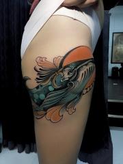 大腿水中巨兽鲸鱼彩绘纹身图案