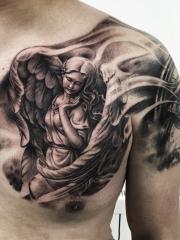 半甲个性守护天使纹身