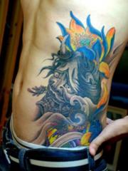 男士腰部般若莲花纹身图案