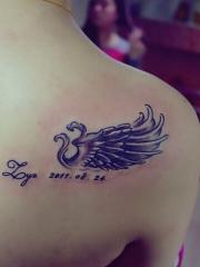 性感花臂翅膀唯美纹身图案