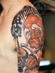 大臂老者肖像纹身图案