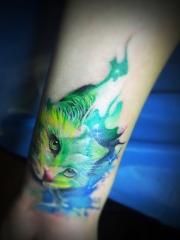 手臂水彩猫咪创意纹身图案