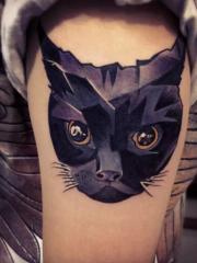 女生手臂猫咪头纹身图案