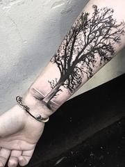 各种帅气的树图案纹身图片欣赏
